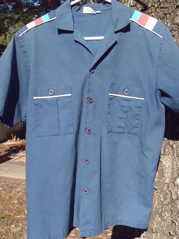 """Retro, """"Resort Casuals"""" men's short sleeve button up, bowling style shirt with tri colored shoulder detail, M"""