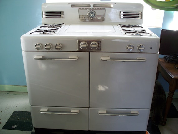 1950's Universal Working Gas Cooktop and Oven