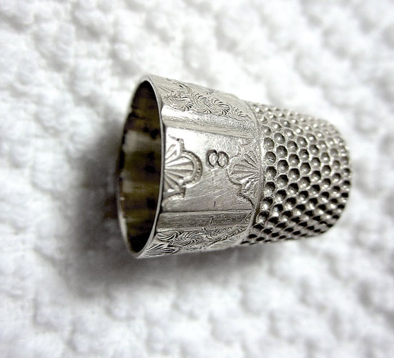 Antique Sterling Silver Thimble Simmons Brothers