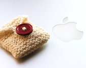 iPod Nano (6th generation) CASE - Knitted - Handmade - Colour: brightly beige with wine red apple image