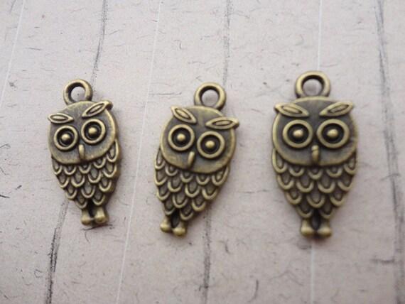 50 PCS 9x15mm Lovely The little owl Charm Pendant --Antique Bronze