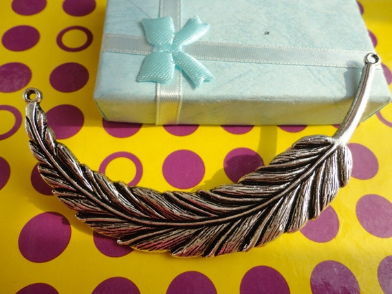 5 PCS 90mmx17mm Lovely  Feather Charm Pendant --Antique Silver