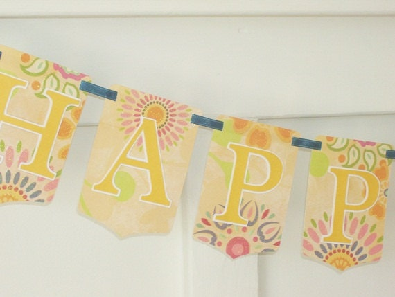 Shabby Chic HAPPY EASTER Paper Banner in Spring Colors