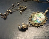 """Wonderland Collection Mini Cameos: """"Alice and the Caterpillar"""""""
