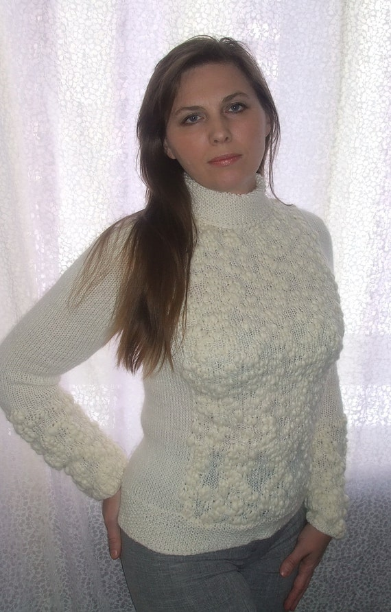 knitted sweater / Women sweater /  white cream / OOAK