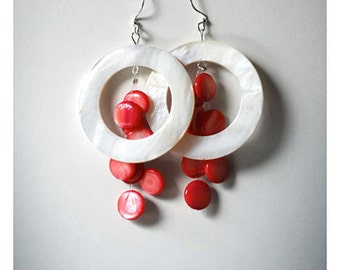 Coral and white shell earrings  - coral and white natural mother of pearl hoop , handmade jewelry  bead earrings dangle, Boho summer jewelry