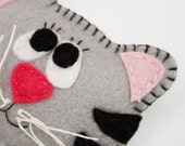 Children felt brooch Cat brooch Gift for children Kids jewelry Grey red cat brooch Kids accessory