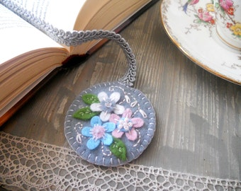 Embroidered felt bookmark in gray Floral bookmark Grey pink blue bookmark Back to school gift