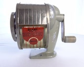 Vintage Mid Century APSCO Deluxe Giant Model 51 Pencil Sharpener - theoldmilkbarn