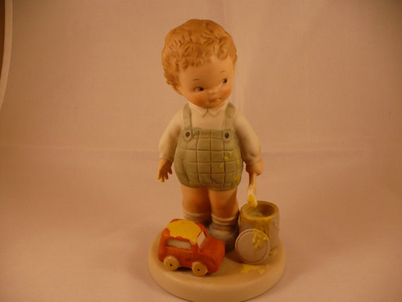 I'se Been Painting, A Memories of Yesterday Figurine (No 524700) (Retired)
