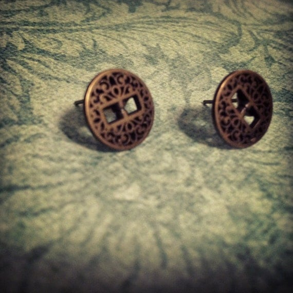 Antique Gold Scroll Post Earring