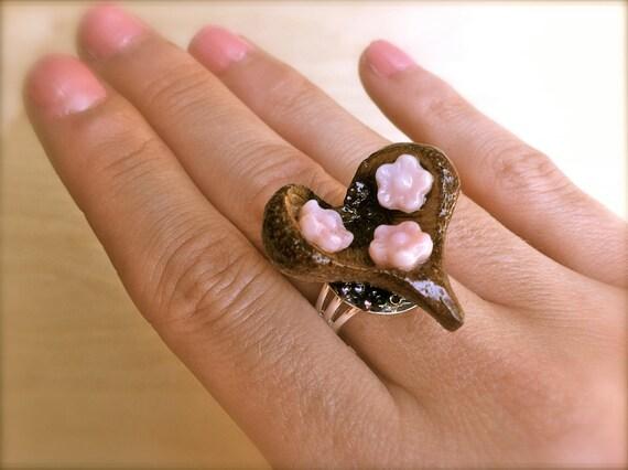 wooden heart ring unique wood jewelry acorn cap