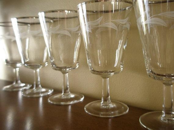 French Vintage Barware -Dorothy Thorpe Etched Silver Rim Wine Glasses, Set of 5, MadMen, MidCentury
