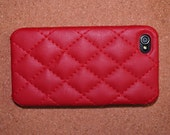 A red leather case for iphone4 /4s