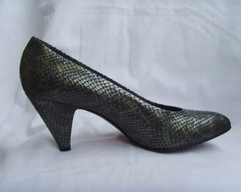 Vintage Vtg 1980s Leather Pumps Shoes Snake Metallic Silver Chameleon Pattern Eu 39.5 Us 9.5 From Italy