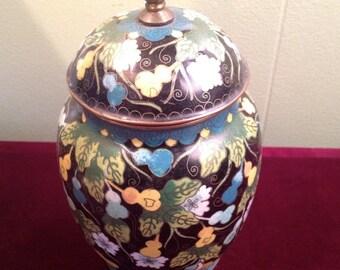 cloisonne vase / urn