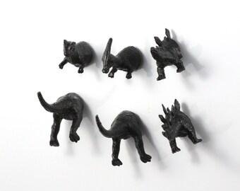 6 piece Dinosaur Magnet Set - Jet Black Dinosaurs - Kitsch gift - Parasaurolophus - Trex - Prehistoric Dinos - Cake Topper - Party Favor Fun