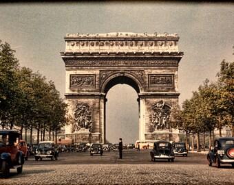 Vintage 1949 Photograph of Paris' Arc de Triomphe