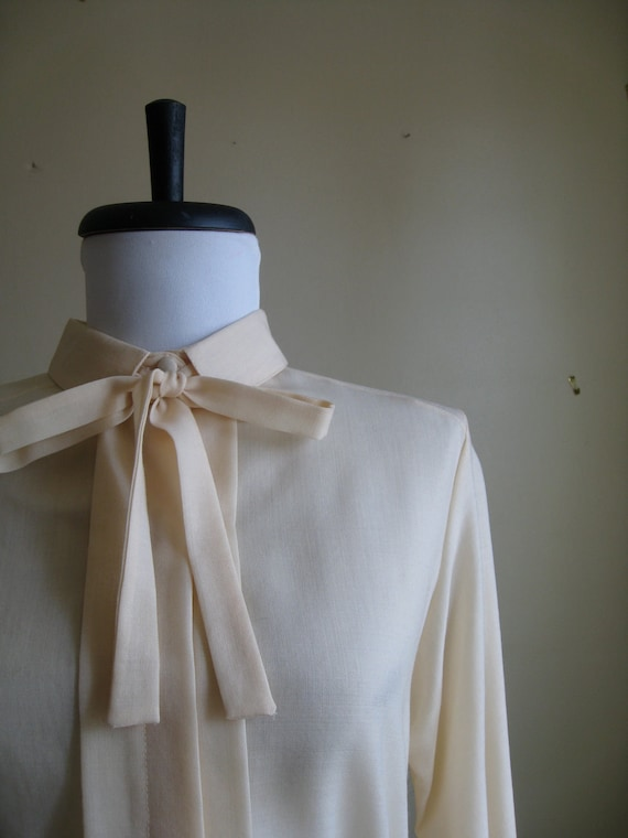 Vintage Richard Malcolm Wool Blouse with Necktie / Medium