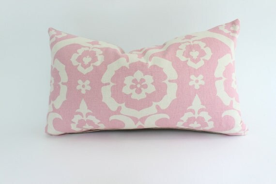 Decorative Lumbar Pillow Cover with Pink and Ivory Geometric Design