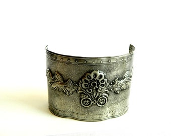 Candle Sleeve Pewter Embossed Decorative Flower Motif