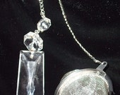 Tea ball with chandelier glass for charm