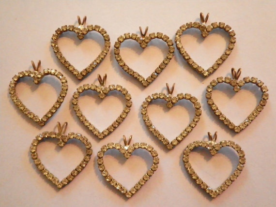10 Vintage 22mm Open Heart Pendants with 26 Rhinestones