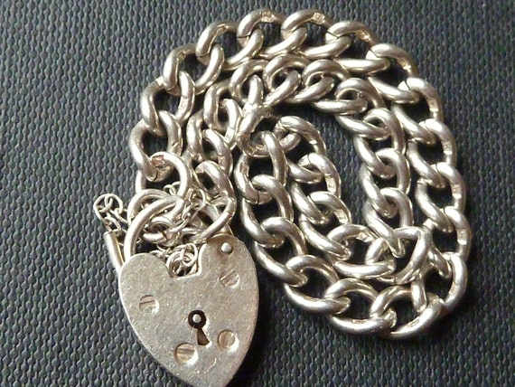 Vintage English Sterling Silver Bracelet Charm With Hearth Padlock & Safety chain   Birmingham 1978
