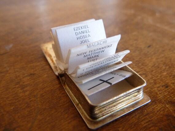Vintage sterling silver Large Holy Bible opens prayer