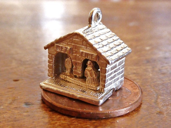 Nuvo English Vintage 3D silver Charm  Weather House moves