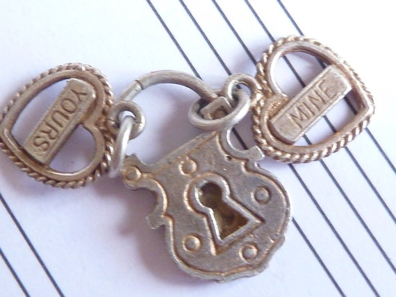 Vintage English solid sterling Silver Charm padlock  and  2 hearts   bracelet charm