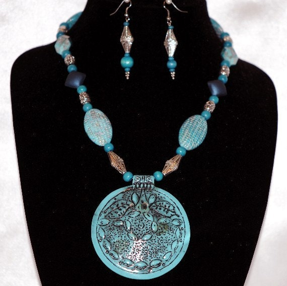 Turquoise and Silver w/ Turquoise Medallion Necklace Set