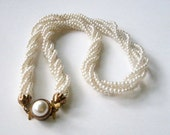 Vintange Jewelry Necklace bright white moon