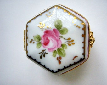 Vintage Limoges Porcelain Ceramic Pill box Hand painted Rose pink gold green
