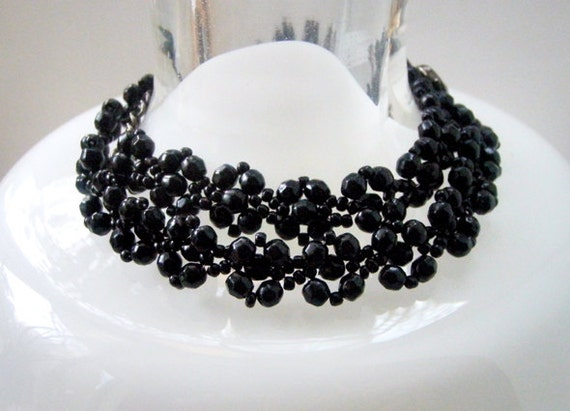 Vintage Jewelry Necklace Bracelet Black glass beads Mom