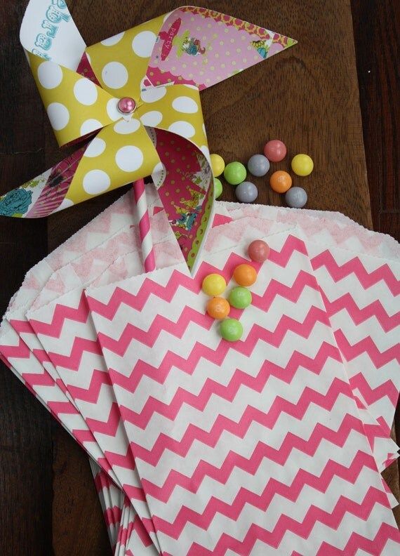 200 Pink and Purple Polka Dot, Chevron and Stripe Favor Bags