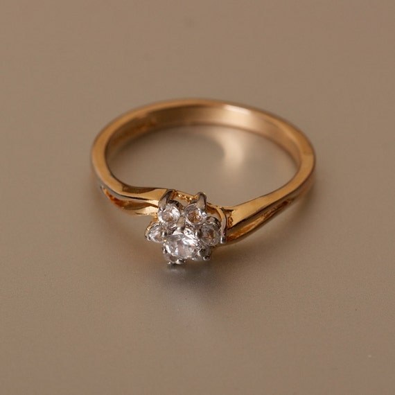 White Topaz Ring 18K Gold Plated Size 9