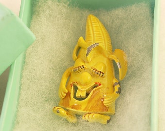Vintage Wesco Signed Anthropomorphic Corn Brooch