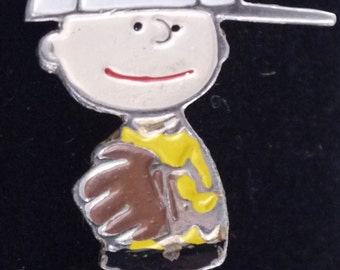 Vintage Authentic 1970's Peanuts Charlie Brown United Features Enamel Pin