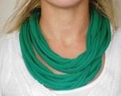 Green short t-shirt layered necklace