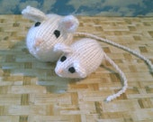 Knitted Mommy and Baby Mouse