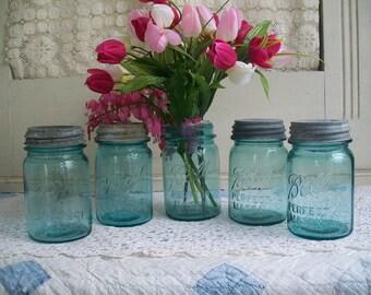 1 Vintage Blue Mason Jar Ball Perfect Mason Aqua Colored Pint Jar NO LID