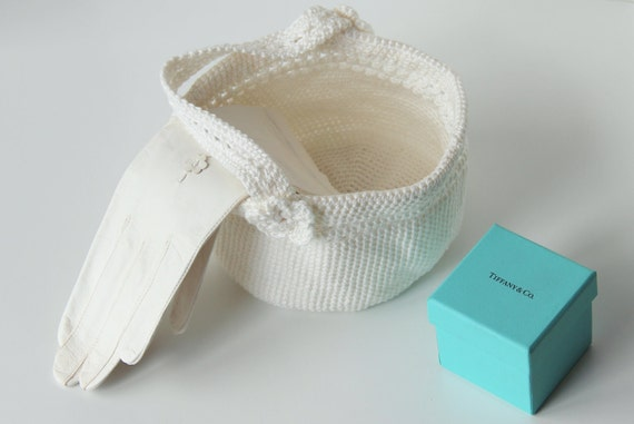 Crochet pattern wedding basket