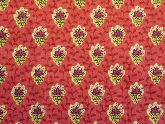 """Vintage FRENCH PROVENCAL FABRIC,""""Tissu Souleiado"""" White Purple floral motifs on a Purple Pink Background, cotton."""