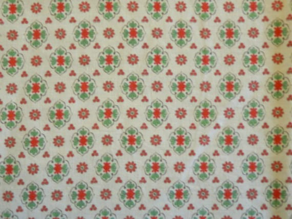 Vintage FRENCH PROVENCAL FABRIC, Red and Green medaillons with small Red flowers on a Cream background, cotton.