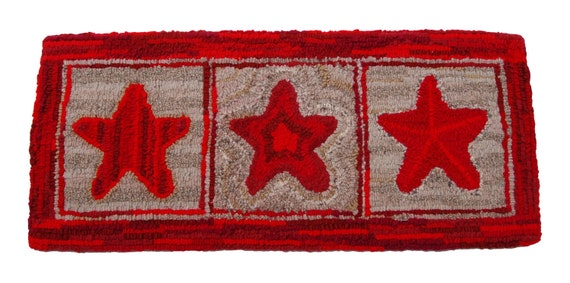 """Red Stars - Hand-Hooked Wool Rug 13""""x29"""""""