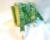 Green and Paisly Tarot Deck Reading Cloth and Carrying Case