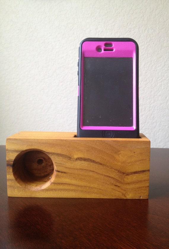 Osage Orange Wood iPhone Music Amplifing Stand