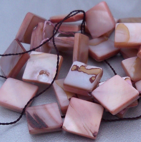 Taupe Mother of Pearl Square Diamond Bead 14mm 16 Inch Strand