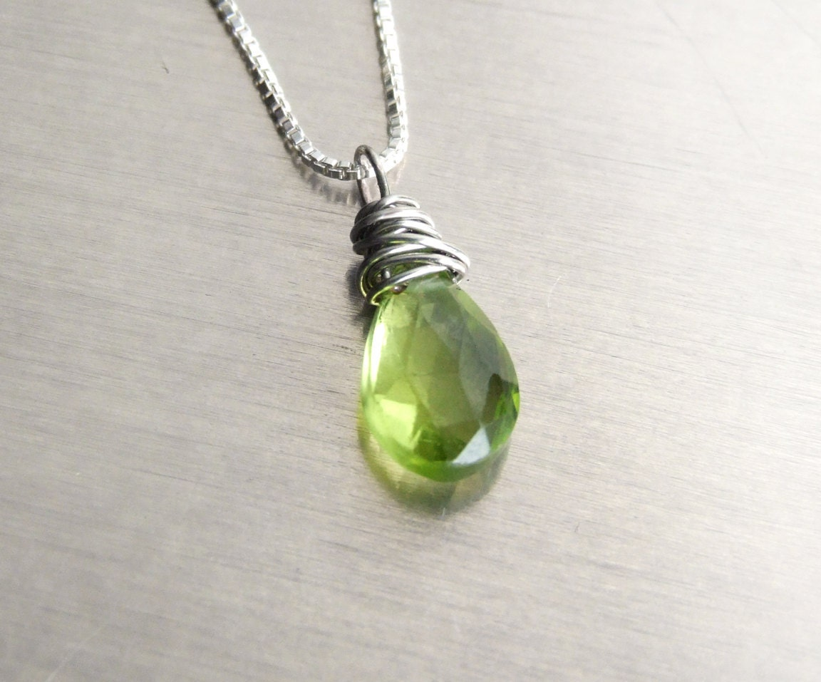 peridot pendant necklace silver gemstone solitaire